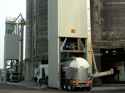 KOMPLETTE ANLAGEN: Bearbeitung chemischer Produkte und Mineralien