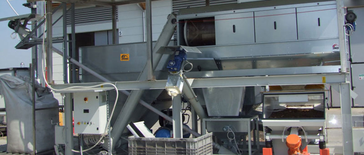 Woodchip and other product sorting system